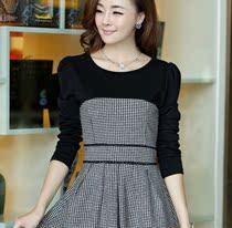 2013秋款新款女装韩版秋装新款修身打底长袖毛呢格子连衣裙气质 价格:32.00