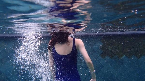 一件包邮 现货 学生死库水 スクール水着  日本学校泳装 固定胸垫