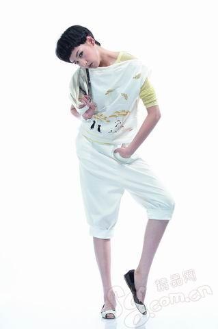 巧穿灯笼裤打造修长小腿 - danxus - D'BLOG